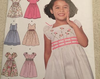 Simplicity 6 made easy, little girls dress pattern