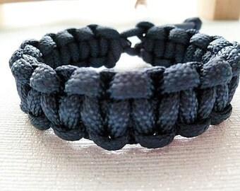 Navy Blue Paracord Bracelet. Adjustable Bracelet. Survival Bracelet. Cobra Braid. Paracord. Gift men. Gift women. Camping. Hiking. Outdoors