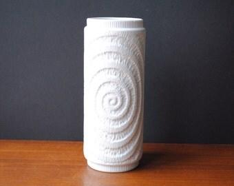 Vintage * 1960s ROYAL KPM Kerafina German Bisque Porcelain Vase * Form 789/22 * OP-Art * matt Fossil relief * Mid Century Modern * handmade