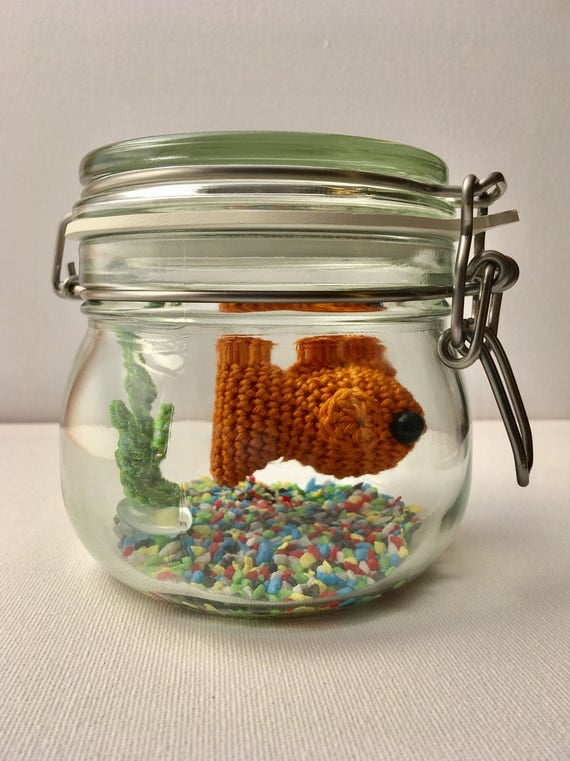 No fuss fish crochet goldfish in a glass jar for Fish in a jar
