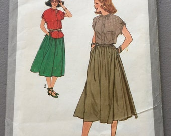 Vintage Simplicity Sewing Pattern 8883// Skirt and Blouse Pattern printed in 1979// Pattern Size 10//Quiltsy Destash Party