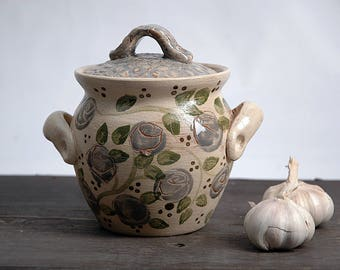 Ceramic cookware, crock pot, honey pot, garlic pot, garlic keeper, blue roses