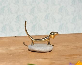 Daschund figurine, doxie figurine, wiener dog figurine, golden dog figurine, mod decor, mod home decor, mid century decor, dog lover gift