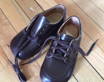 Vintage 1950s Boys Brown Oxfords Dress Shoes! Size 7.5