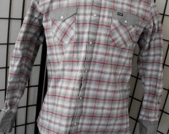 Men's western pearl snap rodeo gray & red plaid check long sleeve shirt by Wrangler XLT
