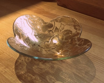 Vintage 1950's Mid Century swanky glass Dip nut candy dish  gold Dog Rose Pattern