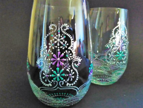 Hand painted wine glasses hand painted stemless wine glasses for Painted stemless wine glasses