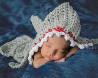 Crochet Shark Newborn Photography Prop/Newborn Shark Cocoon/Baby Shower Gift/Infant Halloween Costume/Newborn Photo Prop/Shark Week