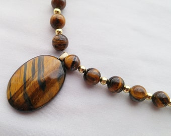 Tigers Eye Stone Bead Necklace - 20 inches long - Magnetic Clasp