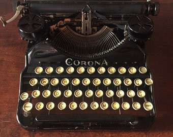 FREE SHIPPING - 1924 Corona Four Typewriter