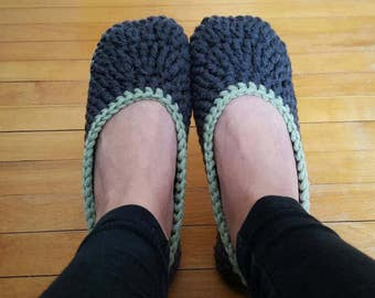 Ladies Slippers,  Crochet Slippers, Handmade Slippers, Chunky Slippers, House Slippers, House Shoes, Gift for her