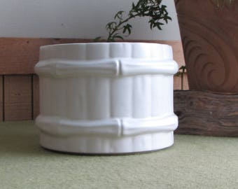 White McCoy Pottery Planter Barrel Flower or Indoor Plants and Gardens Vintage Indoor Planters