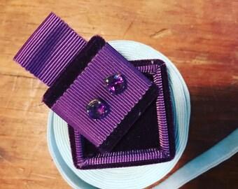 Vintage Style Earring Box in Velvet and Ribbon