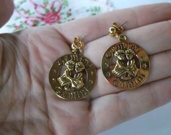 Cute Vintage Gemini Earrings, Gold Tone Gemini Twins Hoop Style Earrings Pierced Zodiac Gemini