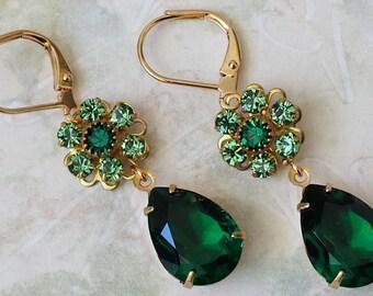 Emerald Crystal Drop Earrings Swarovski Emerald Green Drop Earrings Peridot Teardrop Earrings Peridot Drop Earrings Green Gold Drop Earrings
