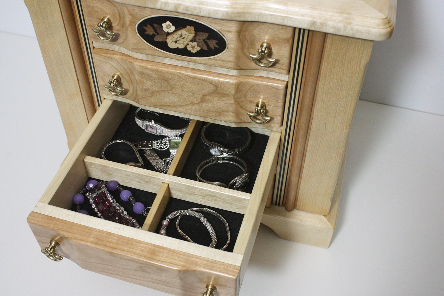 Jewelry Box with Large Drawers with adjustable dividers