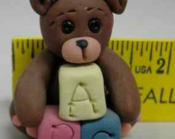 Teddy with blocks pin