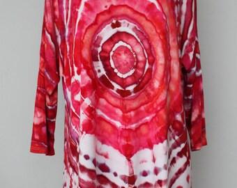 Tie dye Women's 3/4 sleeve tunic blouse - size Extra Large - Pomegranate mega eye