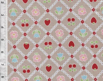 "Riley Blake Lori Holt ""Bake Sale"" Tablecloth Gray Fabric"