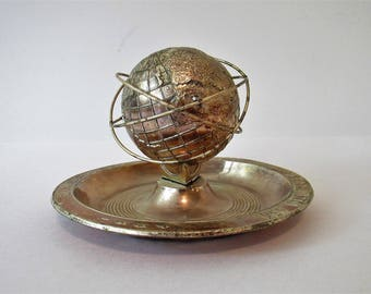 Vintage 1964 1965 New York World's Fair Unisphere 3D Globe Metal Ashtray Official Souvenir Presented by United States Steel