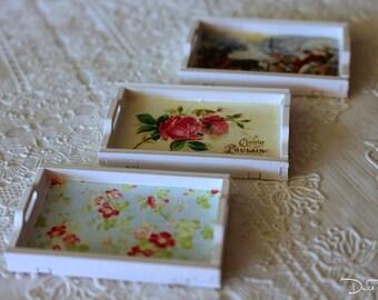 Tray miniature