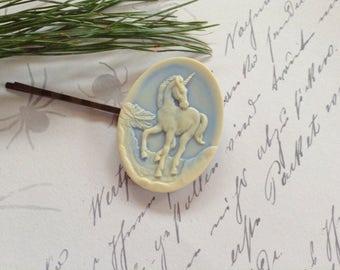 Unicorn Vanilla And Faded Blue Hair Clips