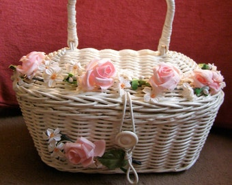 Vintage Wicker Handbag/Purse Adorned with Flowers - Made in Hong Kong