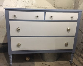 Antique Dresser - 4 Drawer