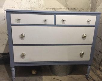 Antique Dresser - 4 Drawer