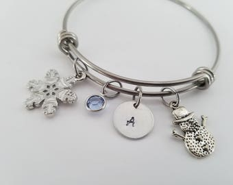Snowflake and Snowman bangle - Christmas theme bracelet - Personalized bangle - Winter jewelry - Holiday gift bracelet - Snowman bangle