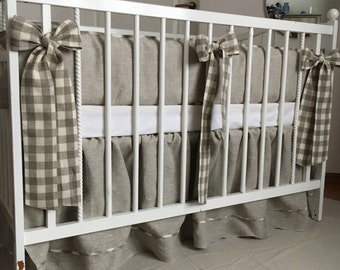 Plaid and grey bumper and crib skirt set from natural linen /// Crib bedding, Nursery bedding, Cot bedding