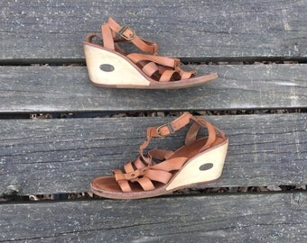 Sandals- Size 9 Tan Leather Wedge Heel Adjustable Ankle Strapp Strappy Gladitor Ecco Womens Size 40
