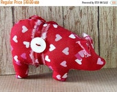 SALE Valentine's, Christmas ornaments, handmade ornaments, novelty, pigs, stocking stuffer, Christmas decorations, farm decor, animal orname