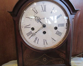 howard miller mantel clock with westminster chimes every 15 minutes
