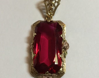 Vintage Art Deco 14k Yellow Gold Filigree Pendant with Synthetic Ruby
