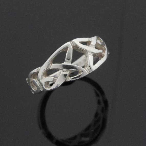 Silver Trinity Knot Ring - Celtic Knot Ring - Irish Jewelry - Sterling Silver Ring - Silver Celtic Jewelry - Handmade in Ireland