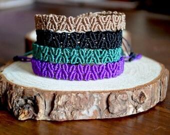 Macrame Heart Bracelet - Love bracelet - Micro macrame bracelet - Stacking bracelet - Friendship adjustable bracelet - gifts under 15