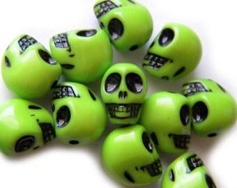 10 Green Skull Beads
