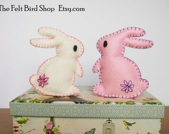 Felt bunny - Easter bunny - Easter bunny decor - Easter rabbits - White bunny - Pink bunny - Set of 2 bunnies - Easter decorations