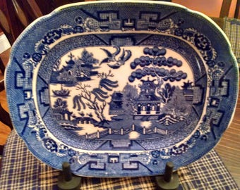 english allerton blue willow 8 1/2 inch by 10 1/4 inch scalloped edge oval platter