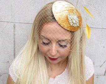 Gold Silver Ivory Birdcage Veil Feather Fascinator Hat Hair Clip Vtg Races 2589