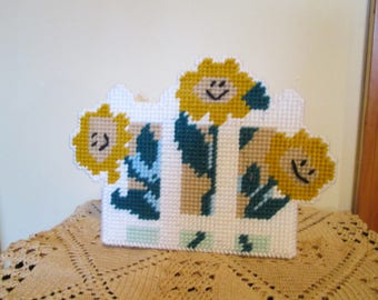 Sunny Flowers Napking Holder