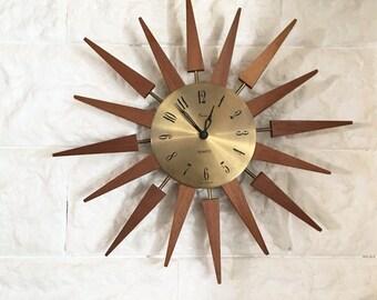 Clock wall vintage Sun - mid century starburst clock.