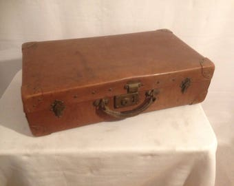 Old suitcase travel ERCULA Brown trunk + reinforcements year 1950 Vintage