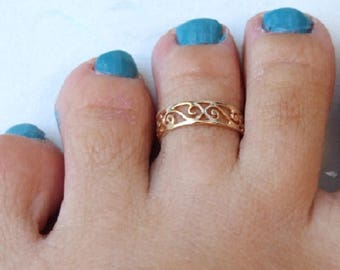 Gold Toe Ring, Gold Knuckle Ring, Gold Adjustable Ring, Gold Spiral Ring, Yellow Gold Ring, Gold Band Ring, Small Gold Ring, Delicate Ring