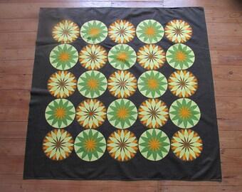 1970s brown/green/orange flower circle tablecloth