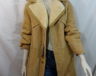 SHEEPSKIN COAT BACK