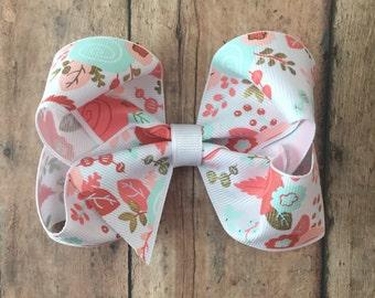 Vintage floral boutique bow