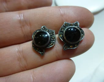 G14 Vintage Sterling Silver Post Earrings.