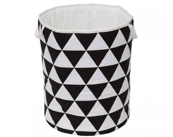 Large triangles basket